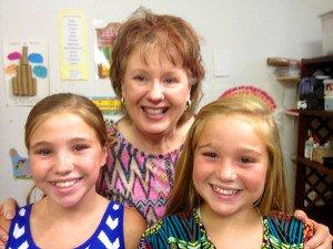(l-r) Lainey,Jenny, Emiley  Jenny's youth bible study class